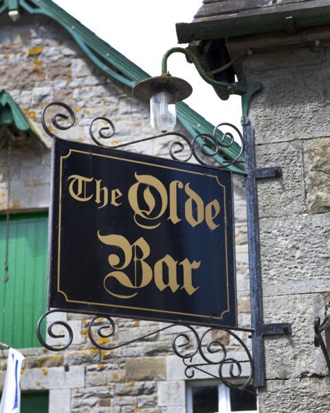 Coach House and Olde Bar 2_480x600