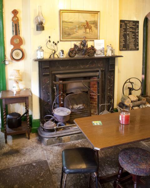 Coachhouse and Olde Bar 5_480x600
